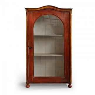 Malované prosklené skříně, vitriny a knihovny Originální malovaná jednodveřová vitrina s obloukovou římsou.