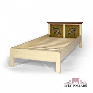 malovaná postel z masivu Svět pokladů