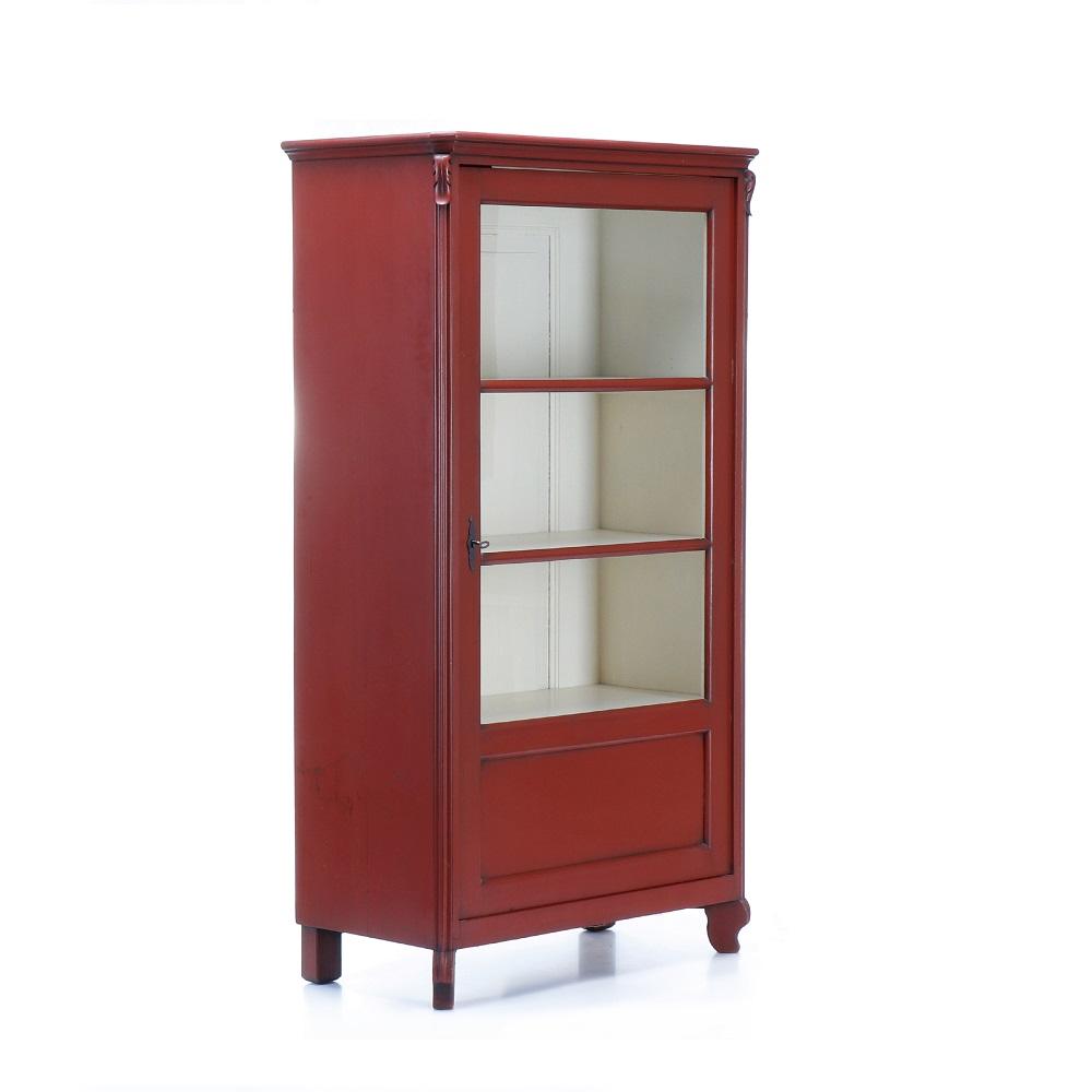 Malované prosklené skříně, vitriny a knihovny Originální jednodveřová vitrina po celkové opravě.