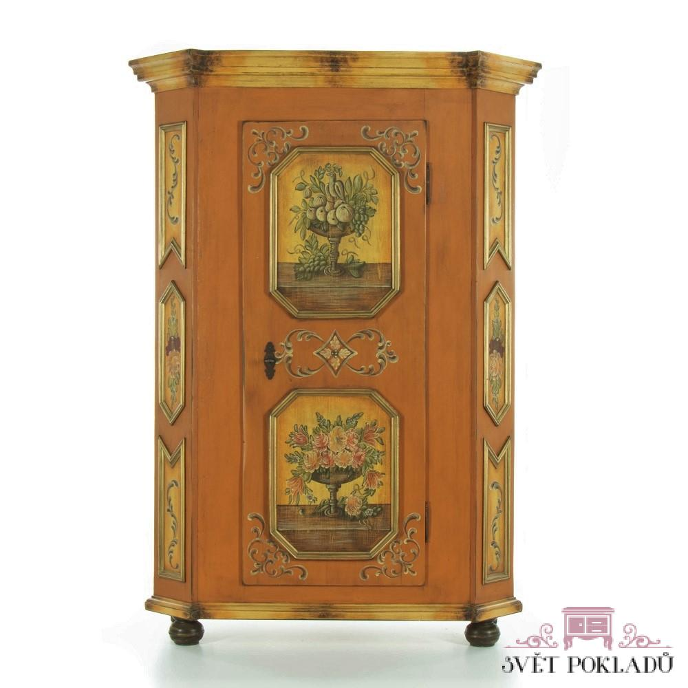 replika malované skříně z masivu Svět pokladů