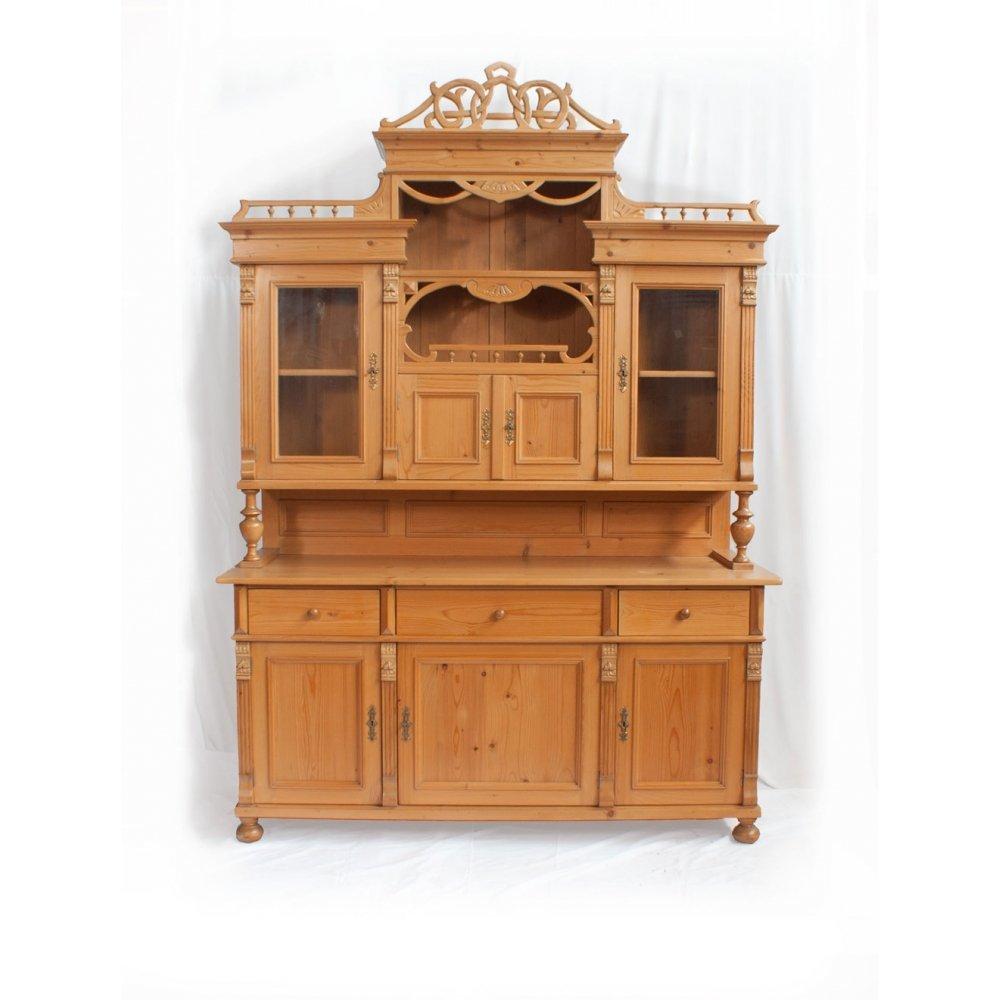 Knihovny a vitriny v rustikálním stylu Rohová skříňka – koutnice.