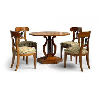 Starožitné a zámecké stoly a stolky Konzert v tónech lyry.