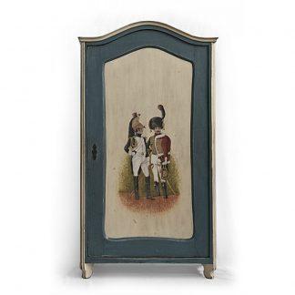 Malovaný a barvený nábytek Pro uniformu a šavličku…