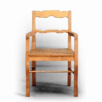 křeslo židle s područkami z masivu