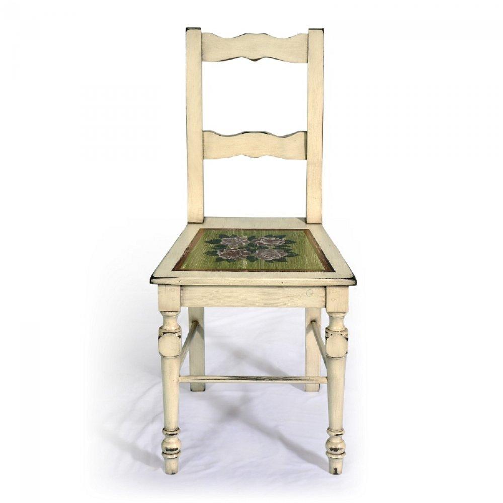 Bohatě malovaná židle z masivu Svět pokladů