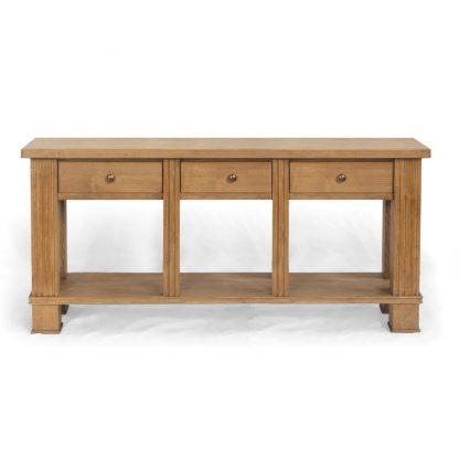 Široký konzolový stolek z masivního smrkového dřeva ve středomořském stylu.