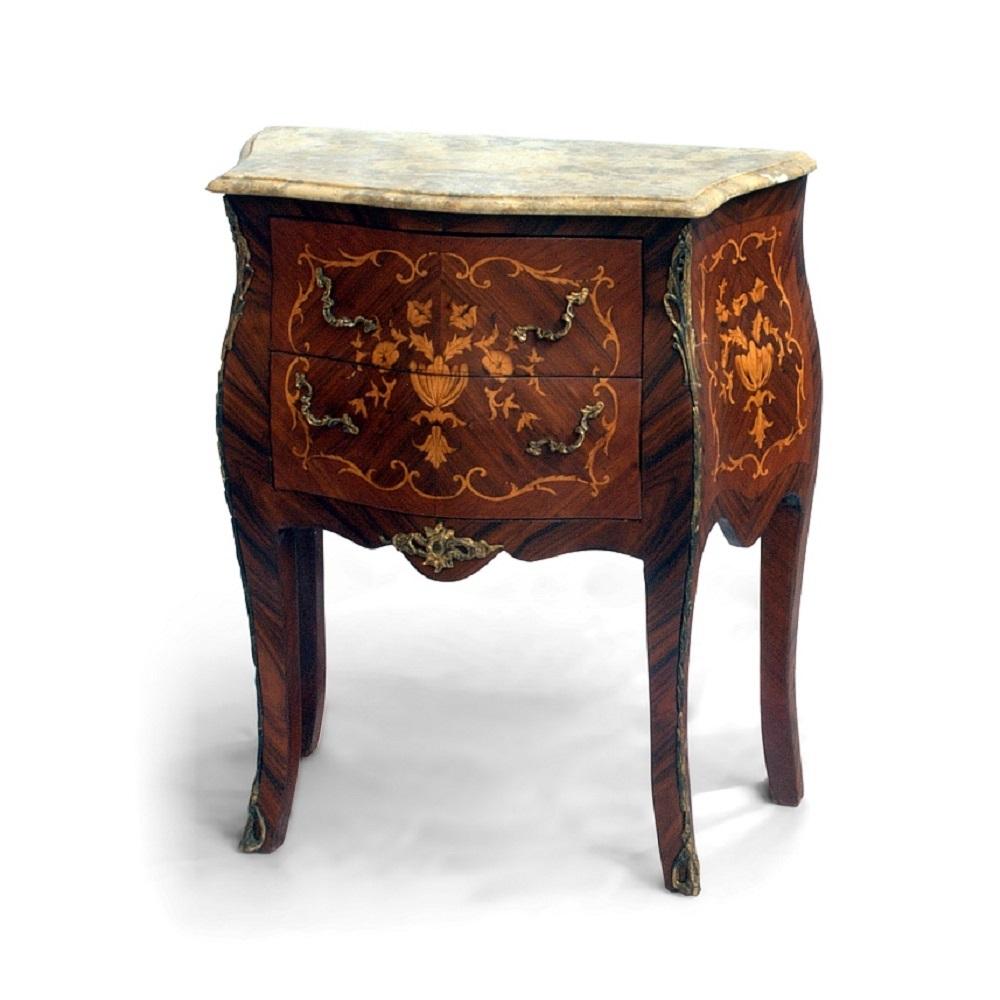 Malá barokní komoda Svět pokladů