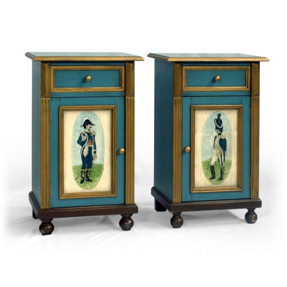 Selský malovaný noční stolek z masivu Svět pokladů