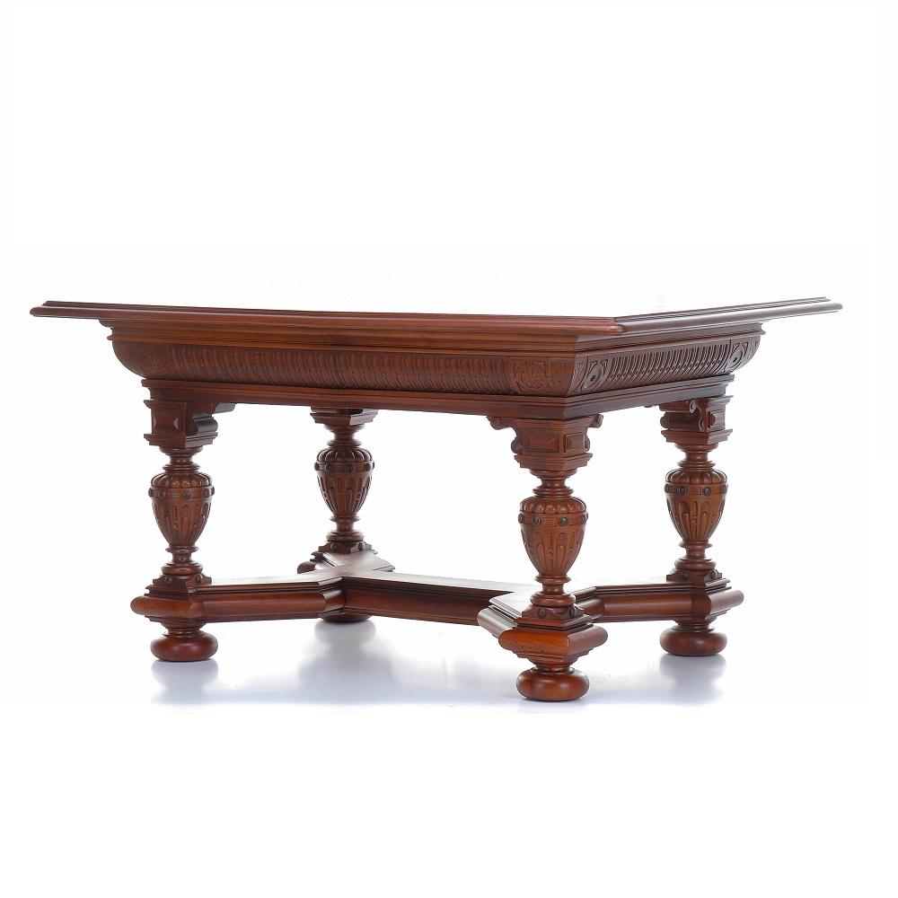 Starožitný ořechový stůl Svět pokladů