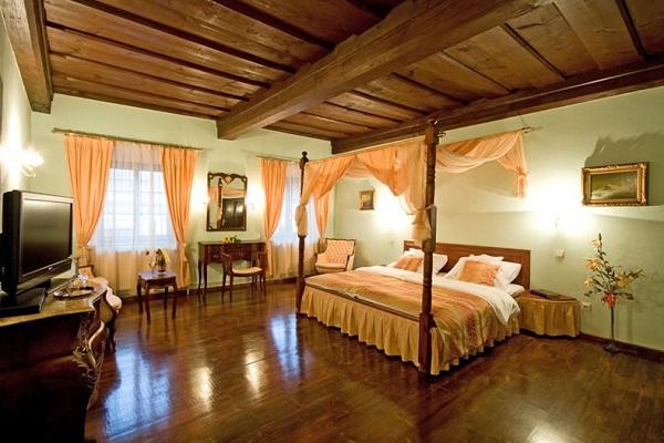 interiéry na míru - hotelový pokoj - Hotel Villa Conti - www.svetpokladu.cz
