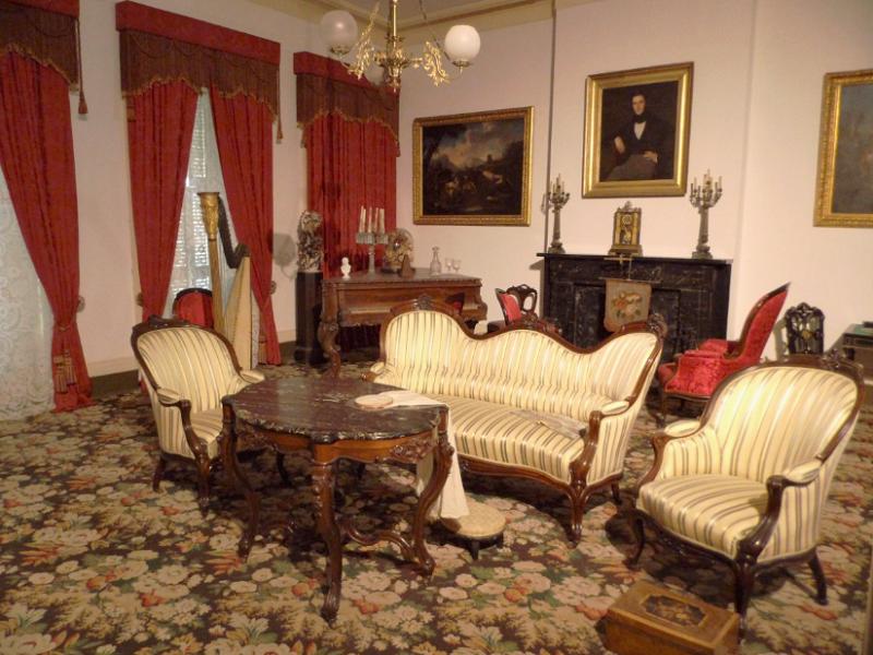 Starožitný nábytek Svět pokladů