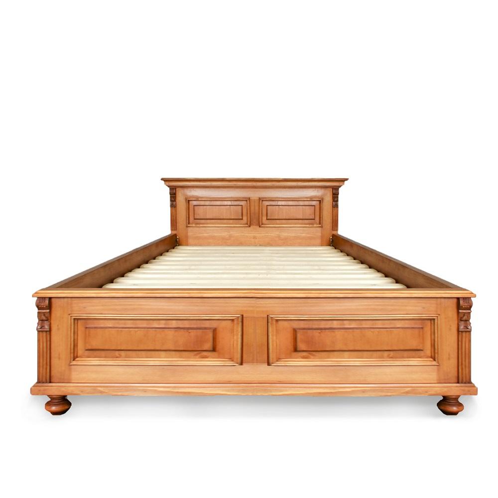 velká postel z masivu