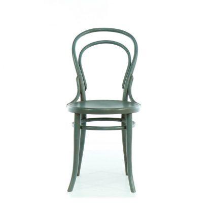 Šedomodrá repasovaná židle Thonet z ohýbaného dřeva.