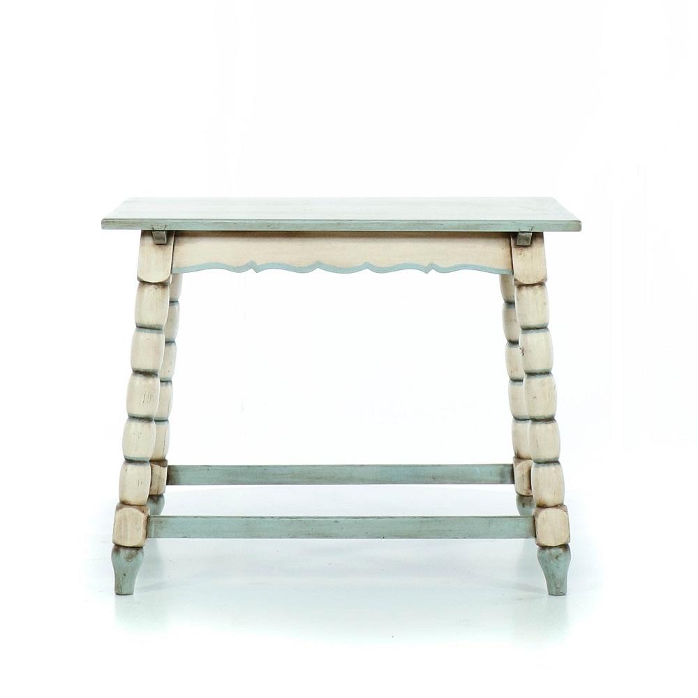 modrobílý malovaný stolek z masivu Svět pokladů