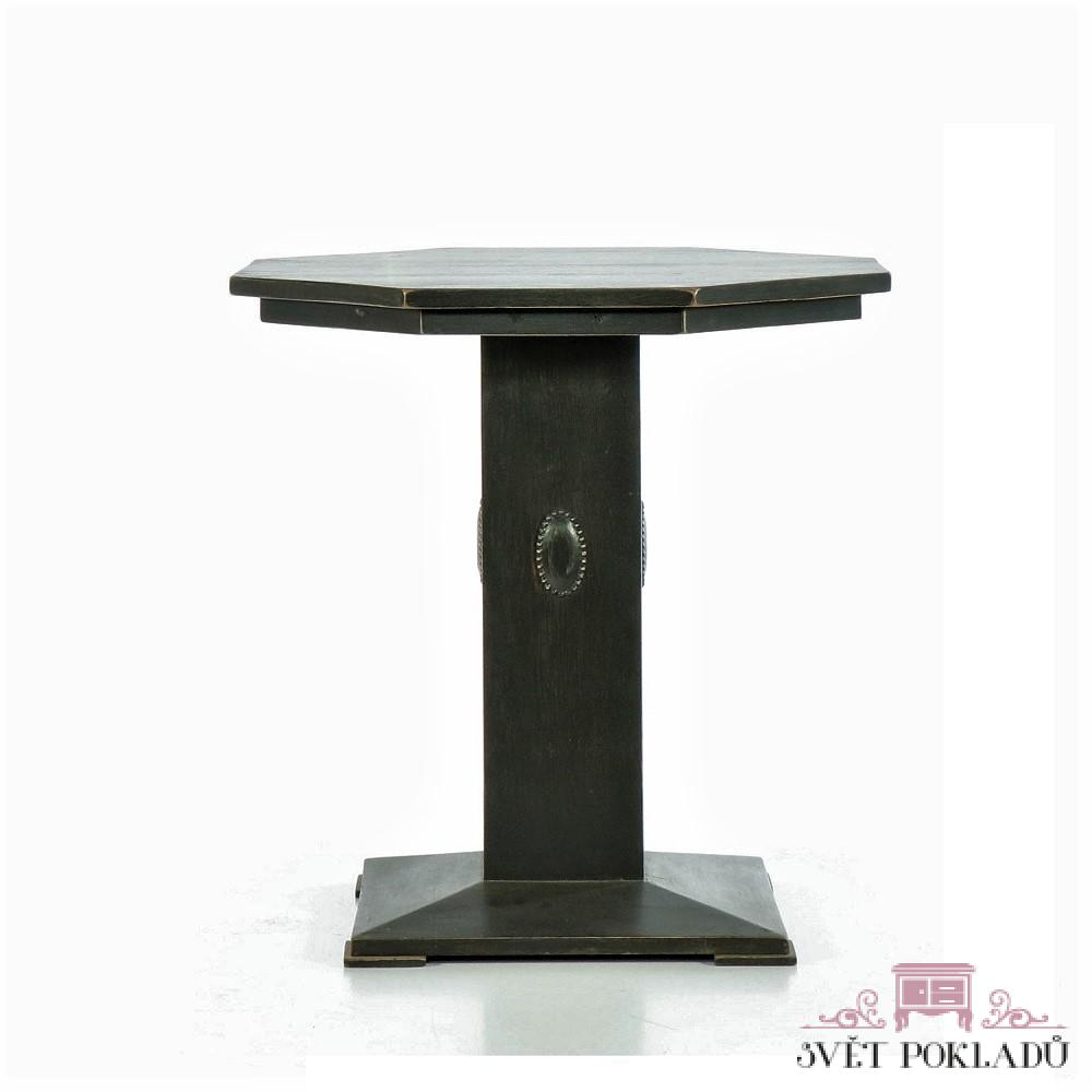 Starožitné a zámecké stoly a stolky Unikátní ořechový stůl z období Historismu.