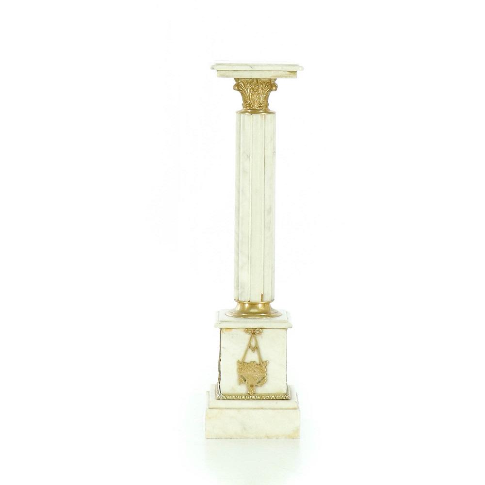 mramorový pedestal Svět pokladů