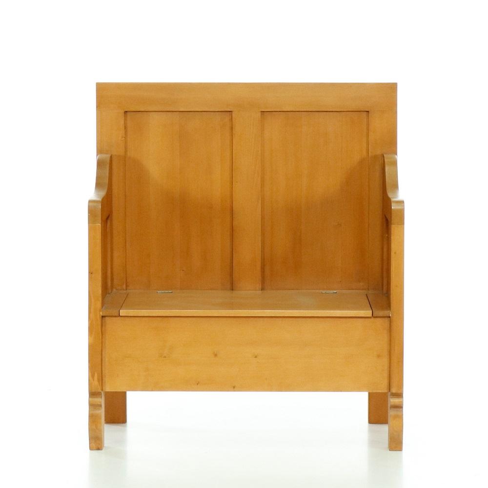 Tradiční selský nábytek Lavice s úložným prostorem.