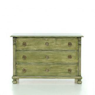 Malovaný a barvený nábytek Zásuvková komoda s olivově zelenou patinou.