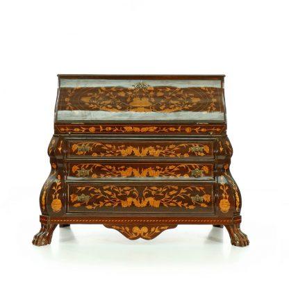 Replika barokní psací komody - sekretáře.