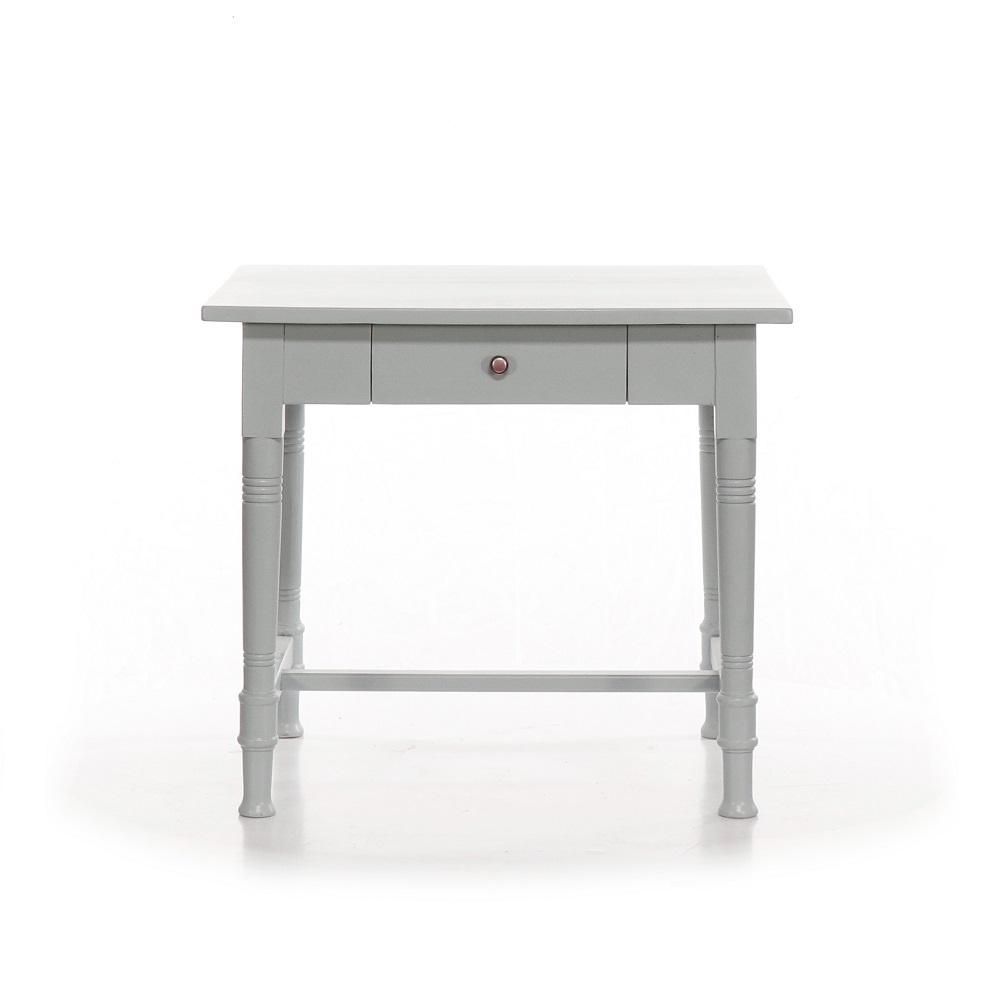 šedý stolek z masivu Svět pokladů